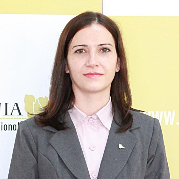 Andreea Marina Dogaru, Expert