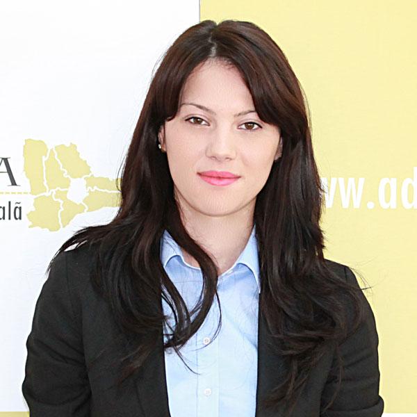 Diana Nicoi, Expert