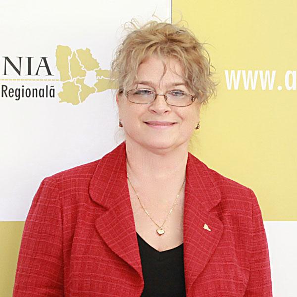 Georgeta Voinea, Expert