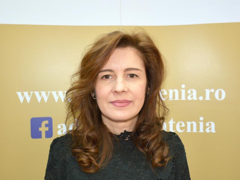 Gabriela Gheorghiu, Expert