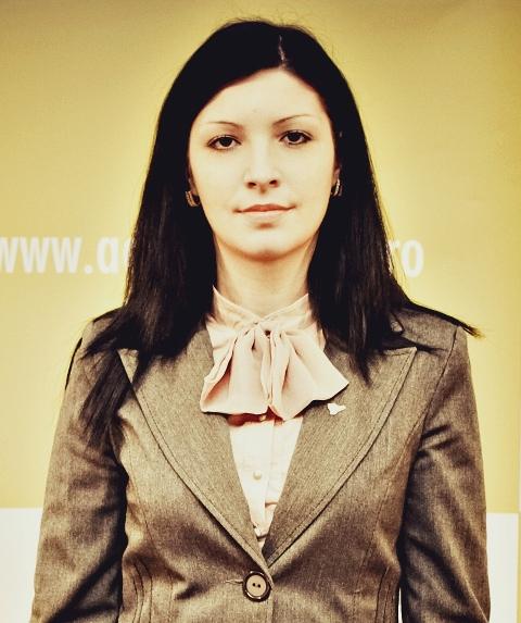 Lidia Ilie, Expert