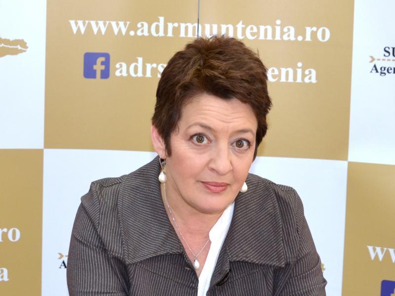 Fabiola Manea, Expert