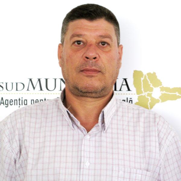 Marian Oană, Serviciul Administrativ