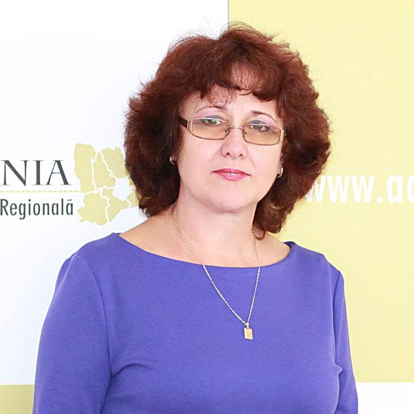 Marilena Baron, Expert