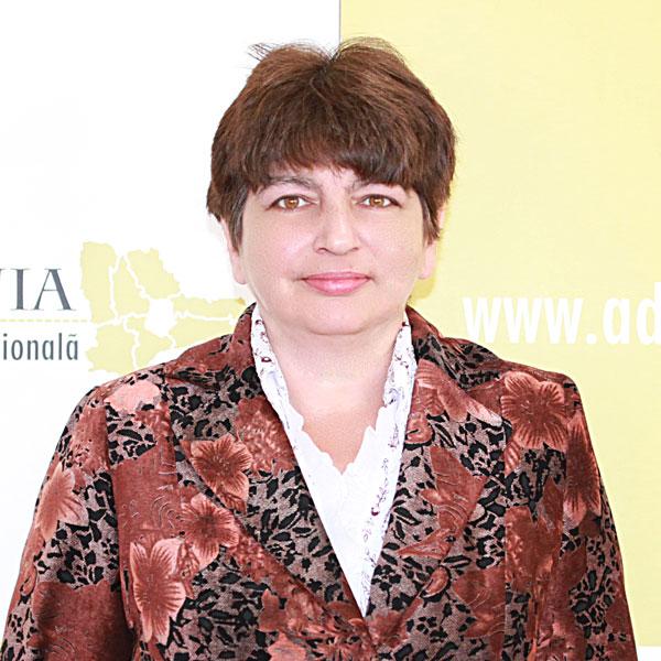 Monica Gheorghe, Șef compartiment verificare achiziții publice și conflicte de interese POR