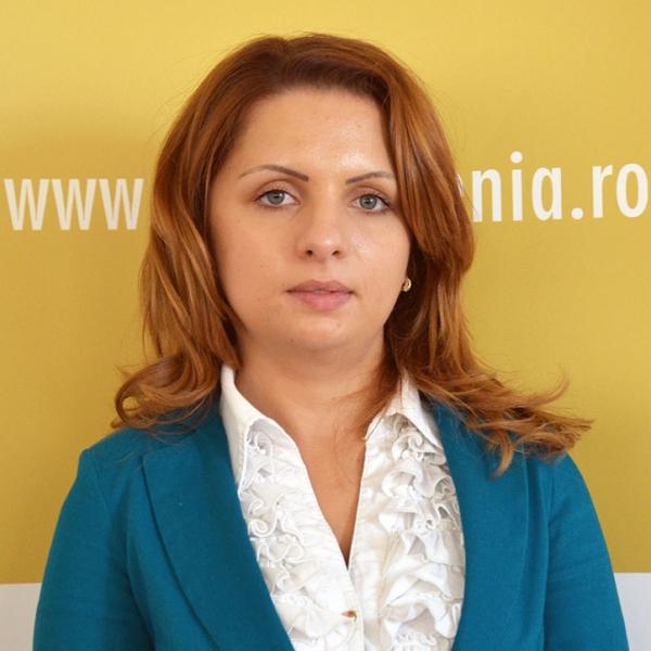 Otilia Radu, Expert