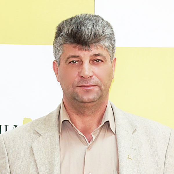 Viorel Topîrceanu, Serviciul Administrativ
