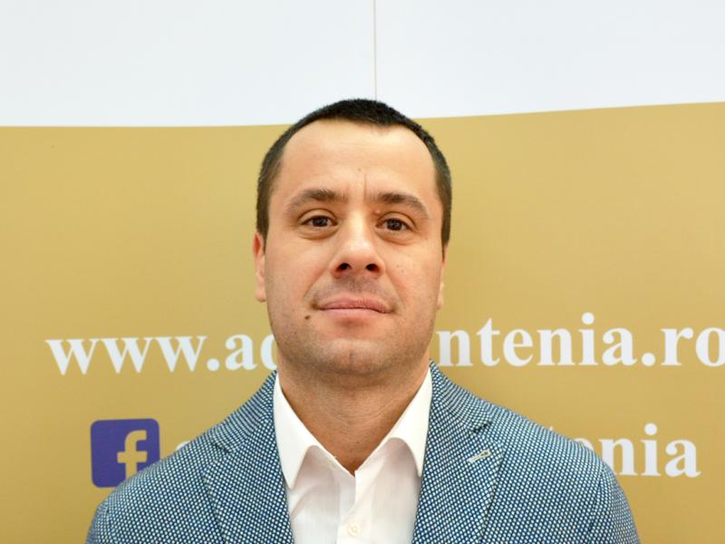 Marian Cojocaru, Serviciul Administrativ