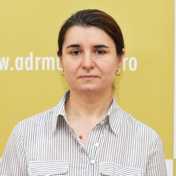 Mariana Păduraru, Serviciul Administrativ