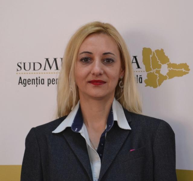 Maria Peicu, Expert